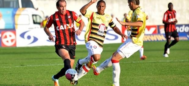 Atlético-PR x Vitória, pelo primeiro turno da Série B (Foto: Divulgação/Site oficial do Atlético-PR)