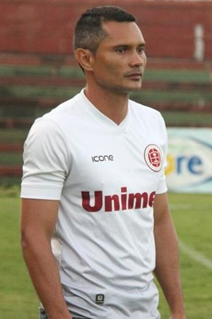 Léo Oliveira, treinador da Desportiva Ferroviária (Foto: Henrique Montovanelli/Desportiva Ferroviária)