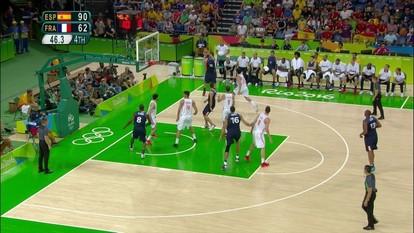 Melhores momentos de Espanha 92 x 67 França pelas quartas de final do basquete