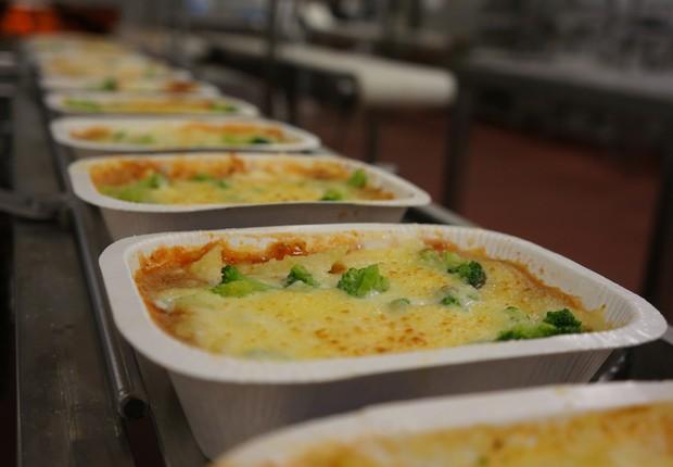 Tecnologia MATS permite embalar alimentos que serão aquecidos em microondas, mas sem contar com refrigeração (Foto: Reprodução/Facebook)