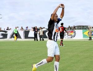 warley como jogador do Treze em 2011 (Foto: Leonardo Silva / Jornal da Paraíba)