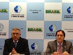 Anúncio foi feito pelo ministro Padilha e pelo secretário Jarbas Barbosa (Foto: Priscilla Mendes/G1)
