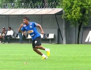 Guilherme Santos no treino do Santos (Foto: Marcelo Hazan / Globoesporte.com)