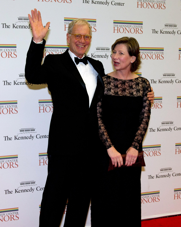 O apresentador admitiu ter traído sua esposa, Lasko, em 2009.  Em 2013, Letterman contou à Oprah Winfrey que o casal está mais forte do que nunca, embora David ter assumido a sua infidelidade. (Foto: Getty Images)
