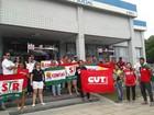 Manifestantes protestam contra o fim do Ministério da Previdência Social