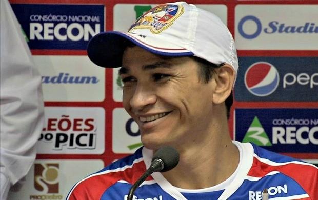 Ronaldo Angelim se sente em casa no Leão (Foto: Reprodução / TV Verdes Mares)