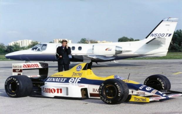 Thierry Boutsen agora produz aviões (Foto: Reprodução/Facebook)