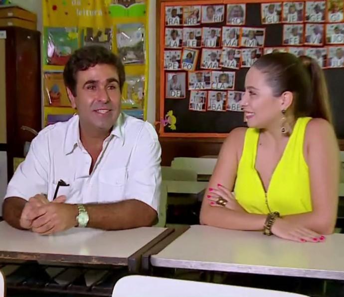 Orã Figueiredo visita sua antiga escola (Foto: TV Globo)