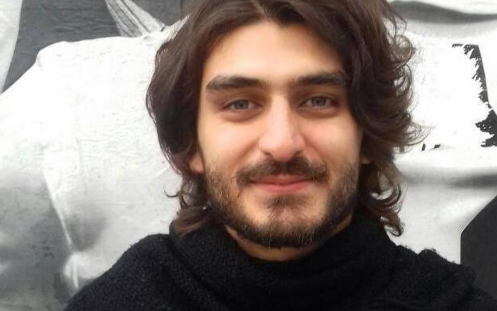 Agredido em protesto, Mateus foi transferido para enfermaria e já consegue falar (Foto: Reprodução/Facebook)