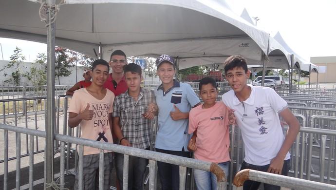 Tour da taça da Copa do Mundo, em Maceió (Foto: Henrique Pereira/GloboEsporte.com)