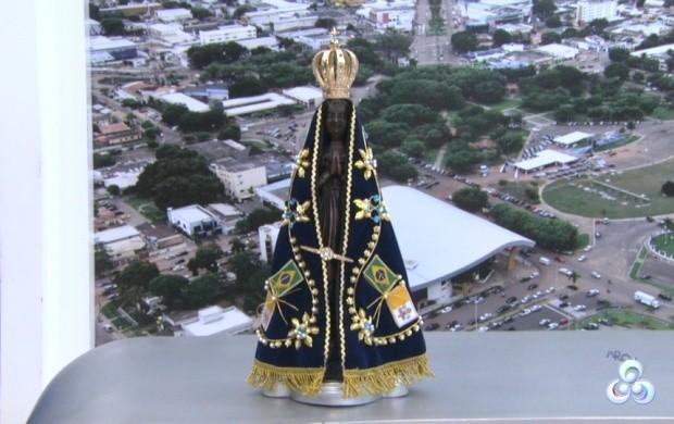 Católicos falam da expectativa para a chegada da Santa (Foto: Bom Dia Amazônia)