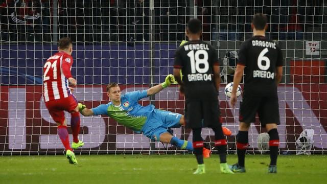 Gol de pênalti do Gameiro para o Atlético de Madrid