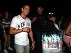 Após anunciar separação, Malvino Salvador nega ficada com atriz