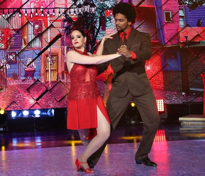 Mariana Santos e Marcus Lobo dançam 'Mi Buenos Aires Querida' (Foto: Carol Caminha / Gshow)