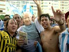 'Invasão' argentina causa tumulto na Praia de Copacabana