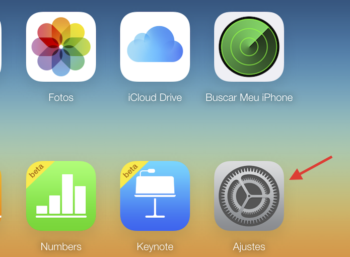 Acessando as configurações do iCloud.com pelo navegador (Foto: Reprodução/Marvin Costa)