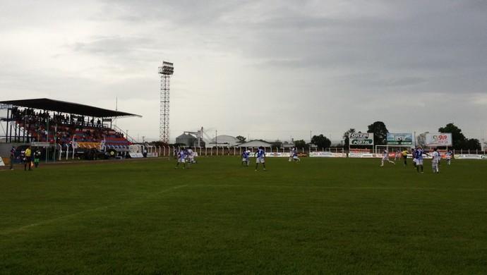 Vilhena e União Cacoalense (Foto: Lauane Sena)