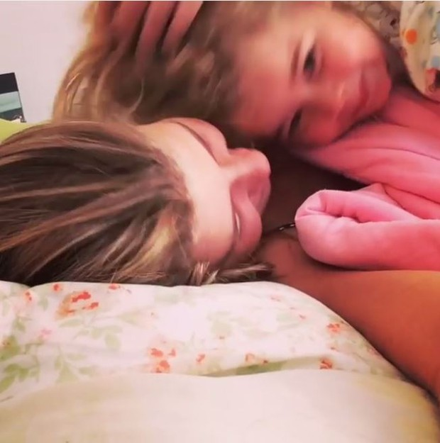 Debby Lagranha com a filha (Foto: Reprodução / Instagram)