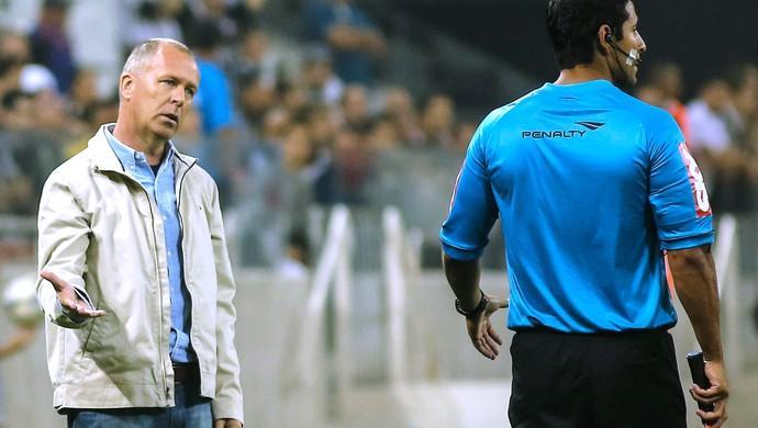 """Mano vê Timão perdido após o gol, assume culpa e """"abre mão"""" de título"""