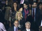 Shakira assiste a vitória do namorado, Gerard Piqué, do Barcelona