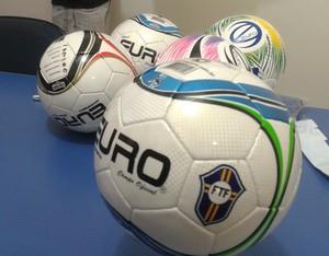 Bolas do Campeonato Tocantinense (Foto: Vilma Nascimento/GloboEsporte.com)