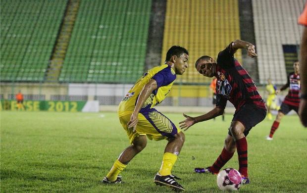 Horizonte e Guarani de Juazeiro pelo Campeonato Cearense de 2012 (Foto: Kid Júnior/Agência Diário)