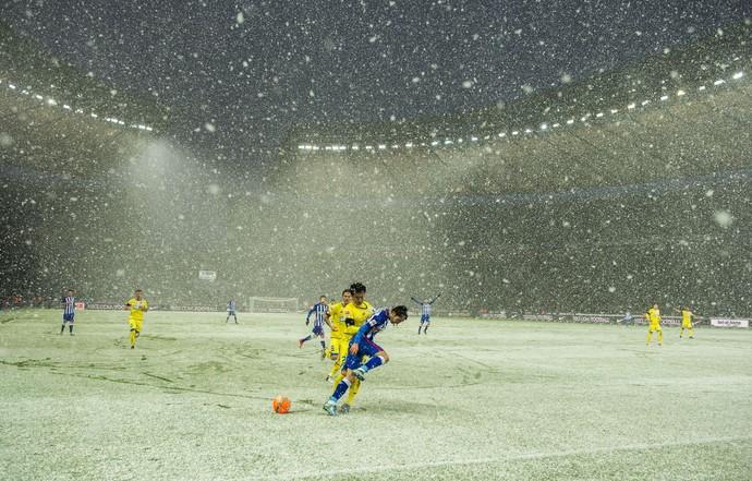 Neve Estádio Olímpico Berlim Hertha Berlim x Hoffenheim (Foto: ODD ANDERSEN/AFP/Getty Images)