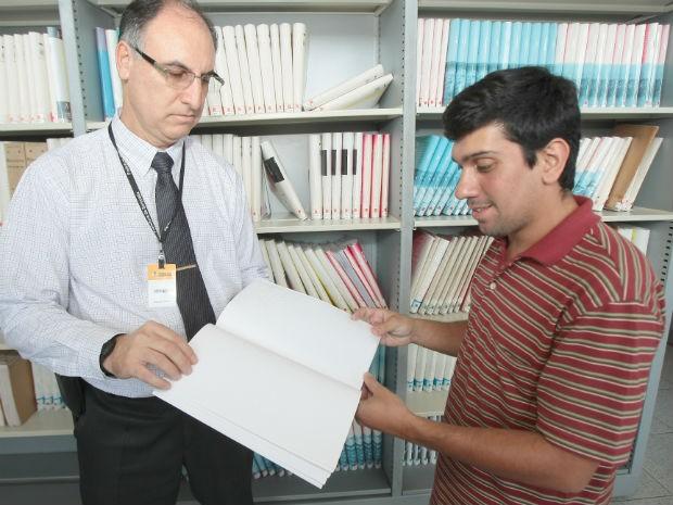 Além do Procon, deficientes podem consultar o CDC na Biblioteca Municipal (Foto: Assis Cavalcante)