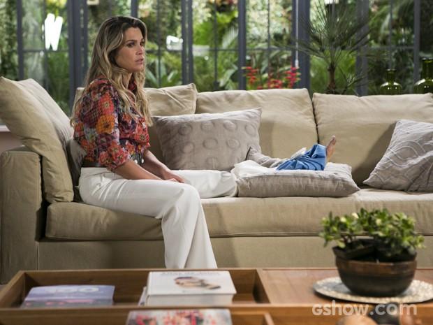 Heloísa chora depois de conversar com Thomaz (Foto: Felipe Monteiro/TV Globo)