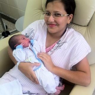 Cláudia Cristina Nunes da Silva, 21 anos (Foto: Fiorela Gomes/ CBN Vitória)