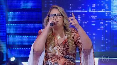 Marília Mendonça canta 'Infiel'