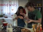 Michel Teló e Thais Fersoza lançam clipe sobre gravidez da atriz