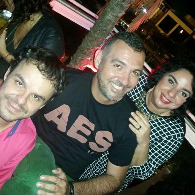 Ex-BBBs Adrilles, Vagner Lara e Mariza em festa no Rio (Foto: Instagram/ Reprodução)