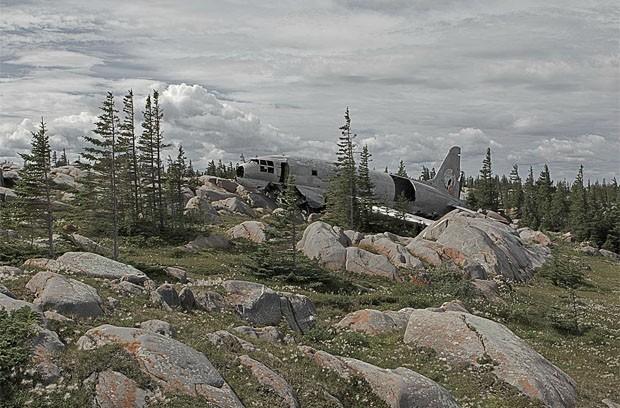 Destroço de aeronave encontrada no Canadá (Foto: Dietmar Eckell)