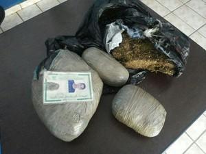 Apreensão da droga foi feita pela Polícia Militar de Bonfim (Foto: Polícia Militar/Bonfim)