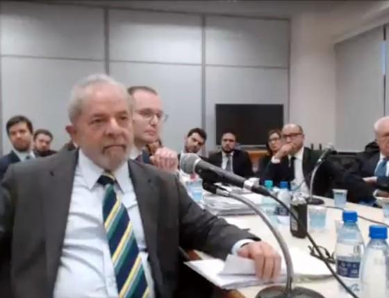 O ex-presidente Lula durante o depoimento ao juiz Sergio Moro  (Foto: Reprodução)