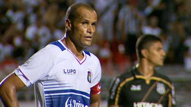 Rivaldo participa de mais uma derrota do São Caetano (Foto: Reprodução / EPTV)