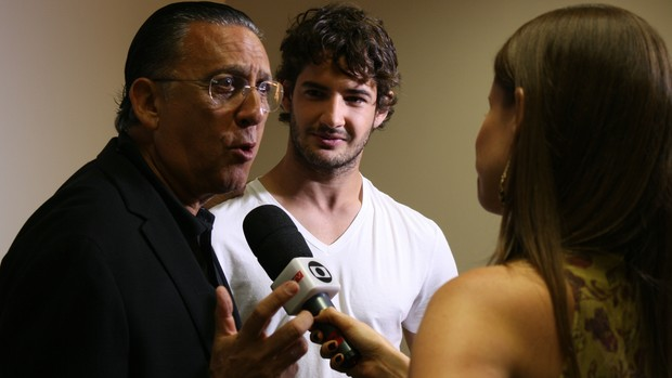 Galvão Bueno e Alexandre Pato, atacante do Corinthians (Foto: Cleber Akamine)