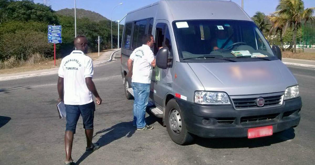 Armação dos Búzios, RJ, realiza fiscalização de veículos turísticos - Globo.com