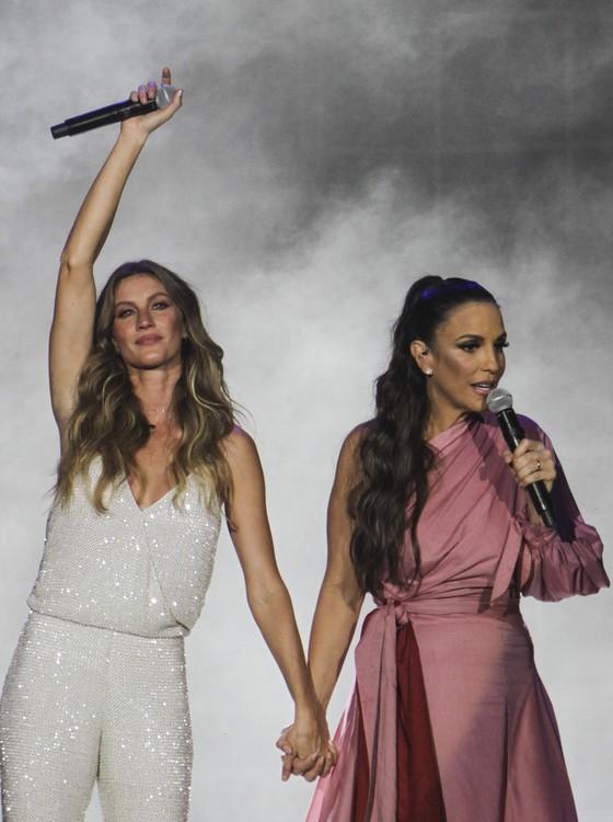 Gisele Bündchen e Ivete Sangalo juntas na abertura do Rock in Rio  (Foto: Divulgação)