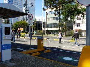 Cidade terá eletropontos para recargas dos carros elétricos em pontos públicos (Foto: Bibiana Dionísio/ G1)