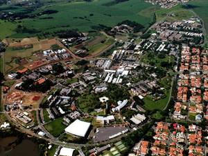 Vista aérea do campus de Campinas da Unicamp (Foto: Antoninho Perri/ Ascom/ Unicamp)