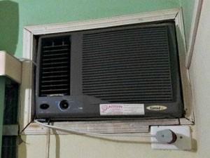 Ar-condicionado de parede é recomendado para cômodos pequenos (Foto: Halex Frederic/G1)