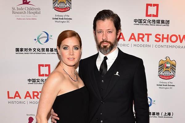 Amy Adams e Darren Le Gallo (Foto: Getty Images)