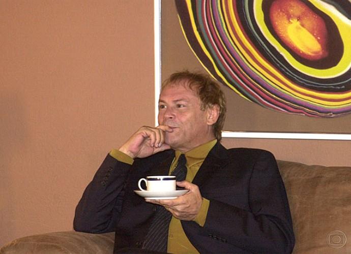 Em 'Desejos de Mulher', José Wilker era Ariel Britz, diretor de arte da revista Estilo Mulher. (Foto: Cedoc / TV Globo)