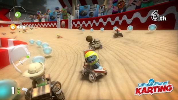 LiitleBigPlanet Karting' tem itens para dar maior velocidade ou atrapalhar adversários (Foto: Divulgação)