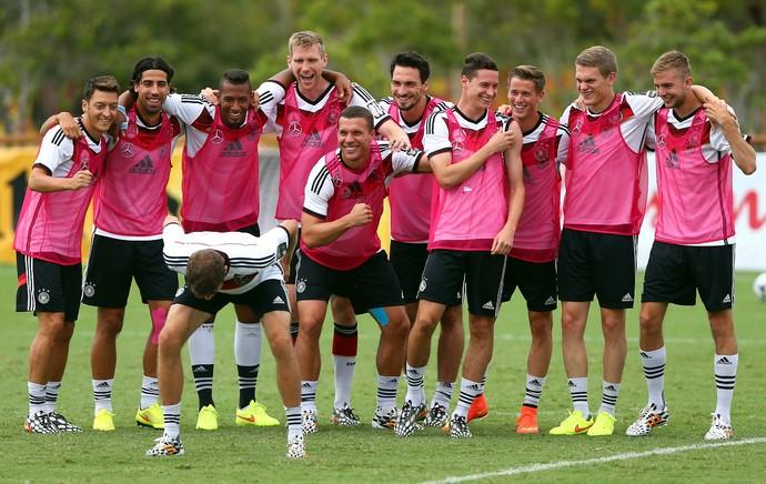 Müller Alemanha treino rúgbi (Foto: Getty Images)