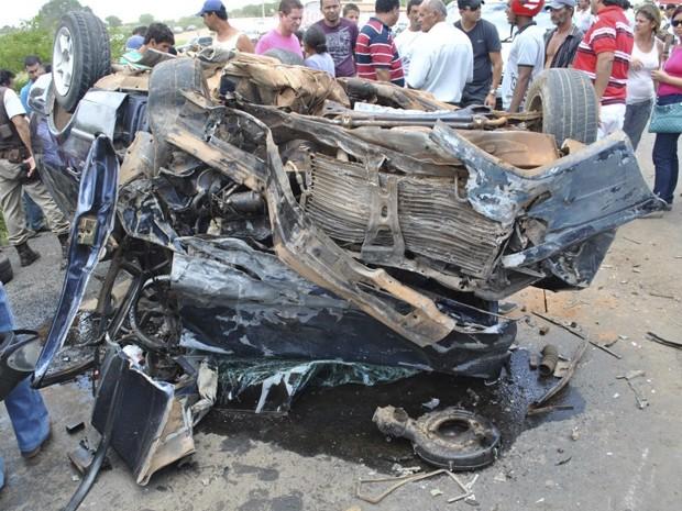 acidente deixa trÊs mortos na bahia (Foto: Irecê Repórter / Divulgação)