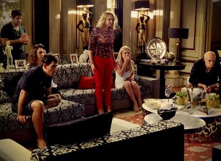 Assista às cenas exclusivas do vídeo de Nina e Max no barco
