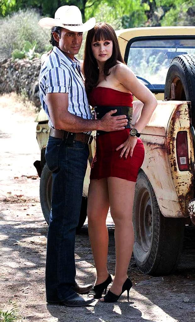 Fernando Colunga e Gabriela Spanic: parceria repetida em 'Soy Tu Dueña', que o SBT tem os direitos de exibição (Foto: Divulgação)